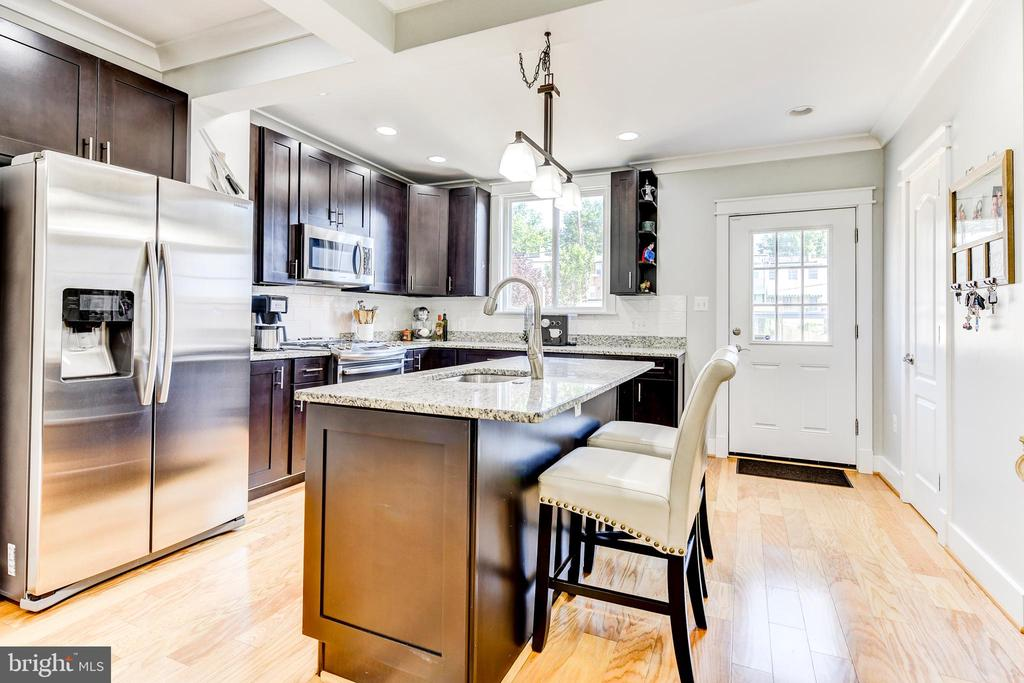 Gourmet Kitchen - 1215 INGRAHAM ST NW, WASHINGTON