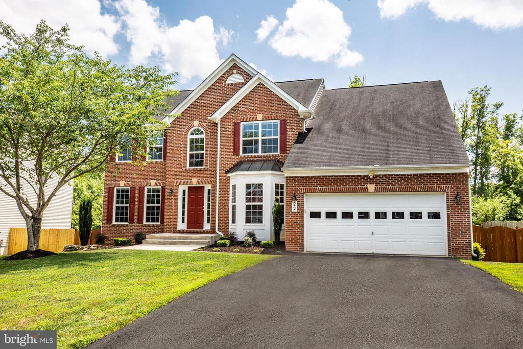 22 Saint Charles is completely turn-key! - 22 SAINT CHARLES CT, STAFFORD