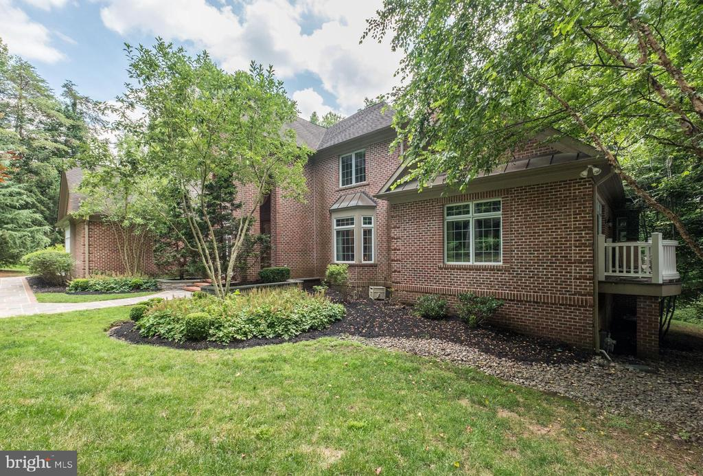 Side View/Front - 11552 MANORSTONE LN, COLUMBIA