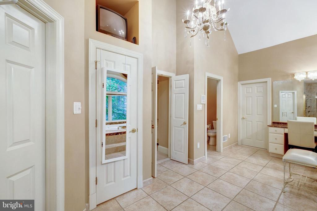Owners bath - 11552 MANORSTONE LN, COLUMBIA