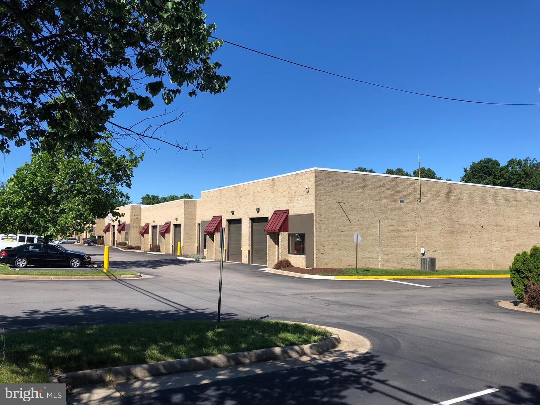 Single Family Homes vì Thuê tại Springfield, Virginia 22150 Hoa Kỳ