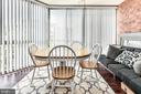 Enclosed balcony-feel like~dining