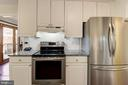 Kitchen with SS Appliances - 5720 CROWNLEIGH CT, BURKE