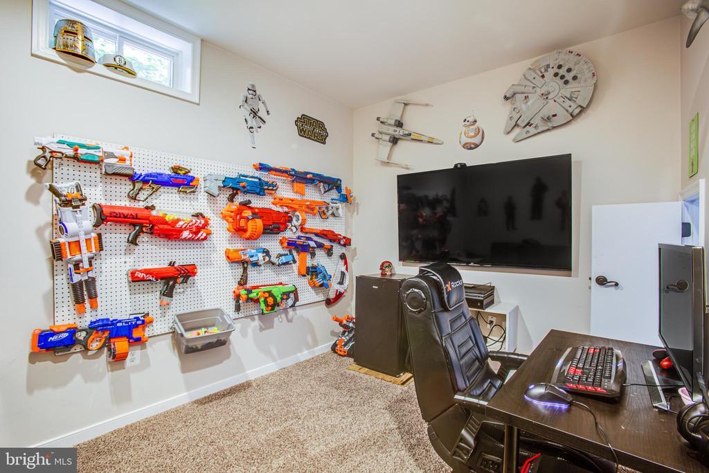 Video Game Room (child size door entry) - 60 MAIDENHAIR WAY, STAFFORD