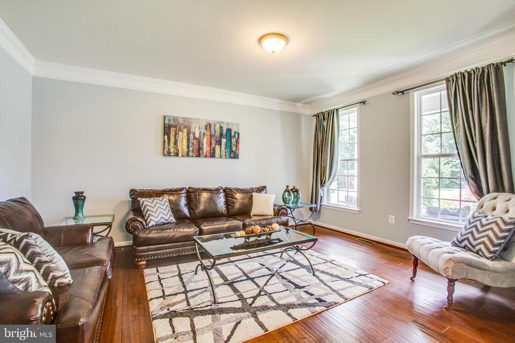 Formal Living Room - 60 MAIDENHAIR WAY, STAFFORD