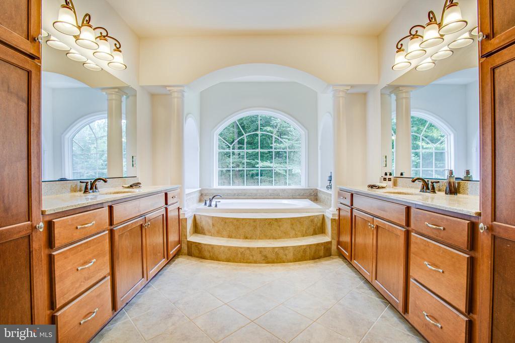 Luxury Master Bath - 60 MAIDENHAIR WAY, STAFFORD