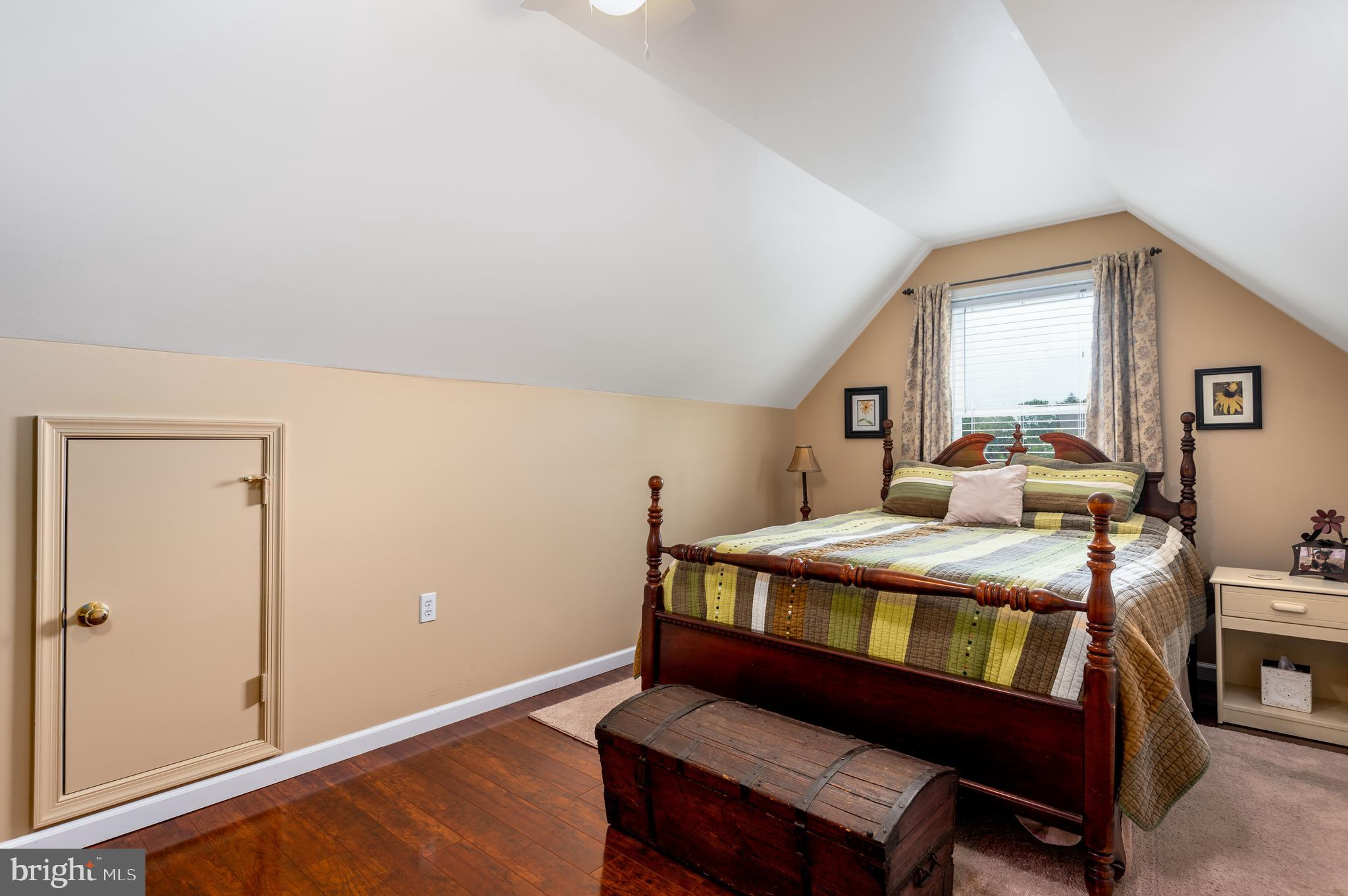 Large Bedroom 3