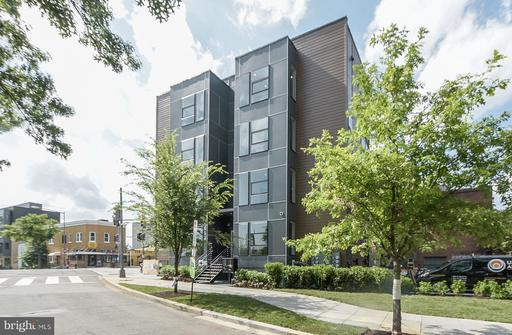 653 IRVING ST NW #8