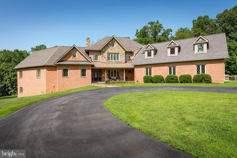 Single Family Homes 为 销售 在 Dayton, 马里兰州 21036 美国