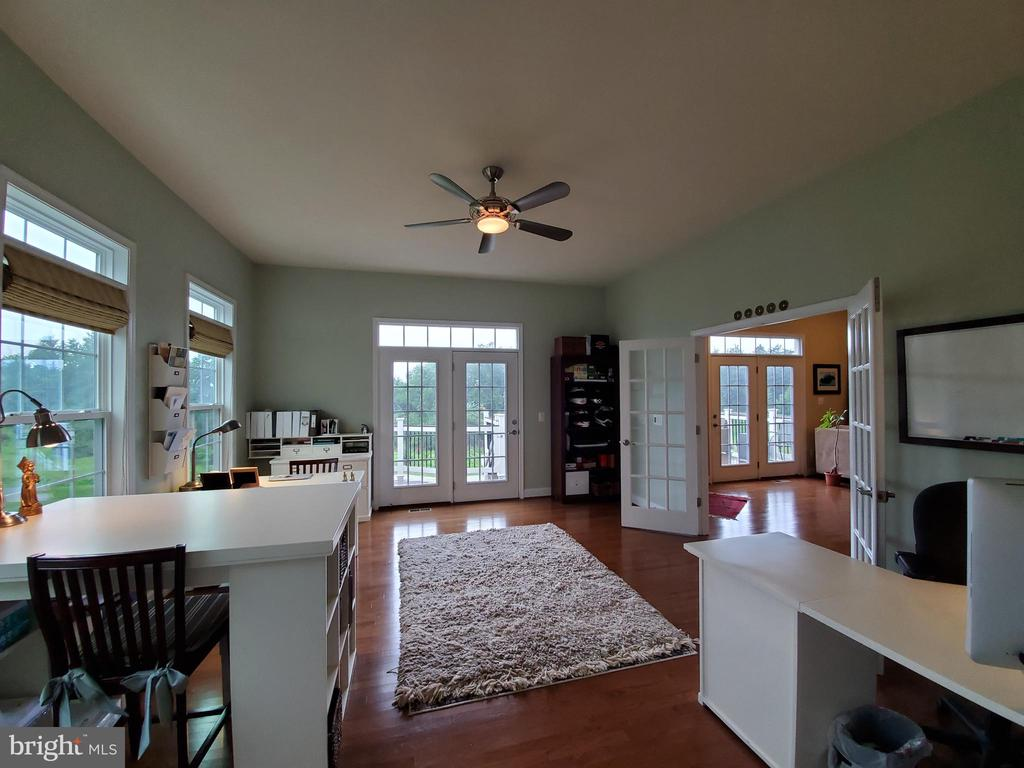 Wouldn't you just love this as your home office? - 41882 SCOTCHBRIDGE PL, ASHBURN