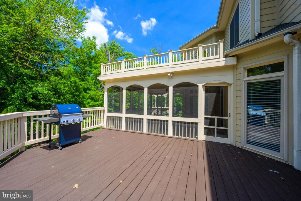 Deck - 12100 WALNUT BRANCH RD, RESTON