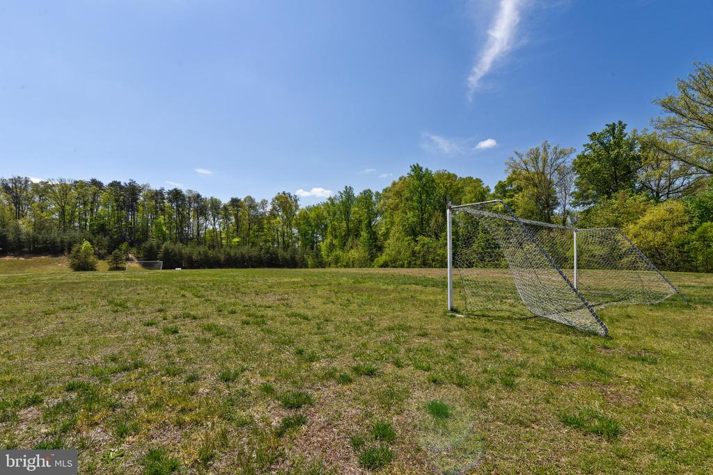 Neighborhood Soccer Field - 10 CORNERSTONE DR, STAFFORD