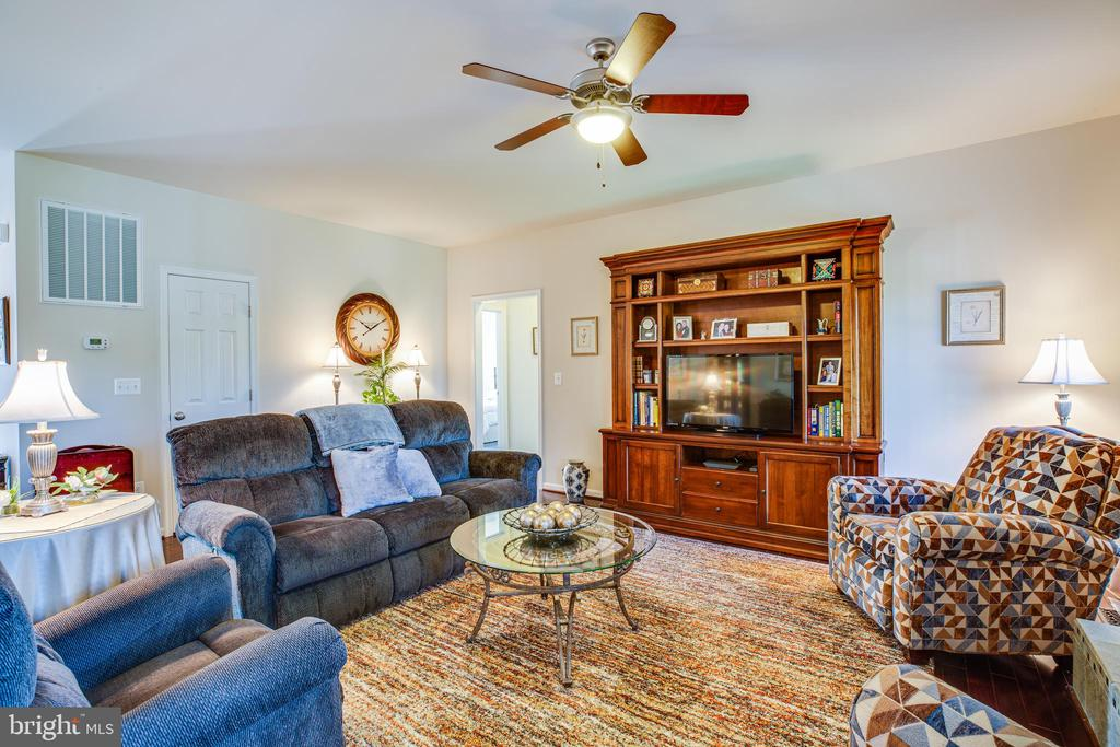 Family Room - 6917 CLOUDY WAY, SPOTSYLVANIA