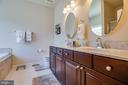 Master Bathroom with dbl vanities, sep. shower/tub - 6917 CLOUDY WAY, SPOTSYLVANIA