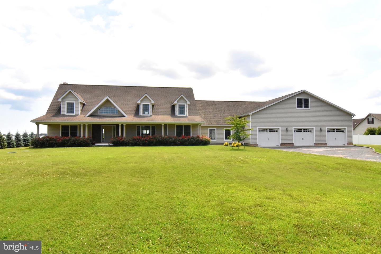 Single Family Homes para Venda às Milton, Delaware 19968 Estados Unidos