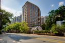 - 4620 N PARK AVE #1109E, CHEVY CHASE