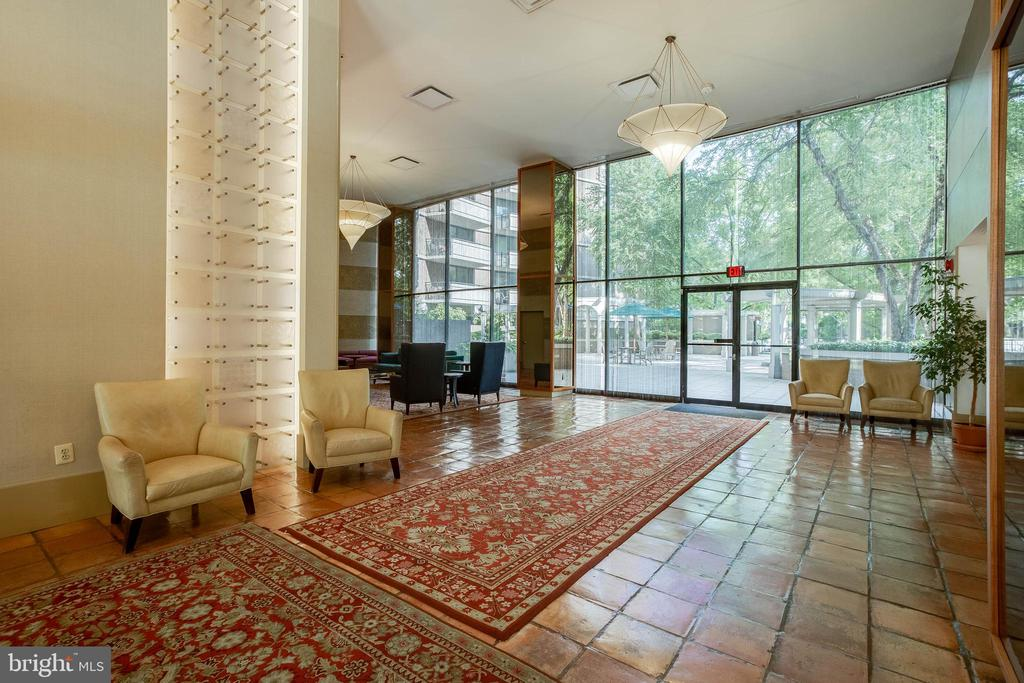 First Level Building Lobby - 4620 N PARK AVE #1109E, CHEVY CHASE