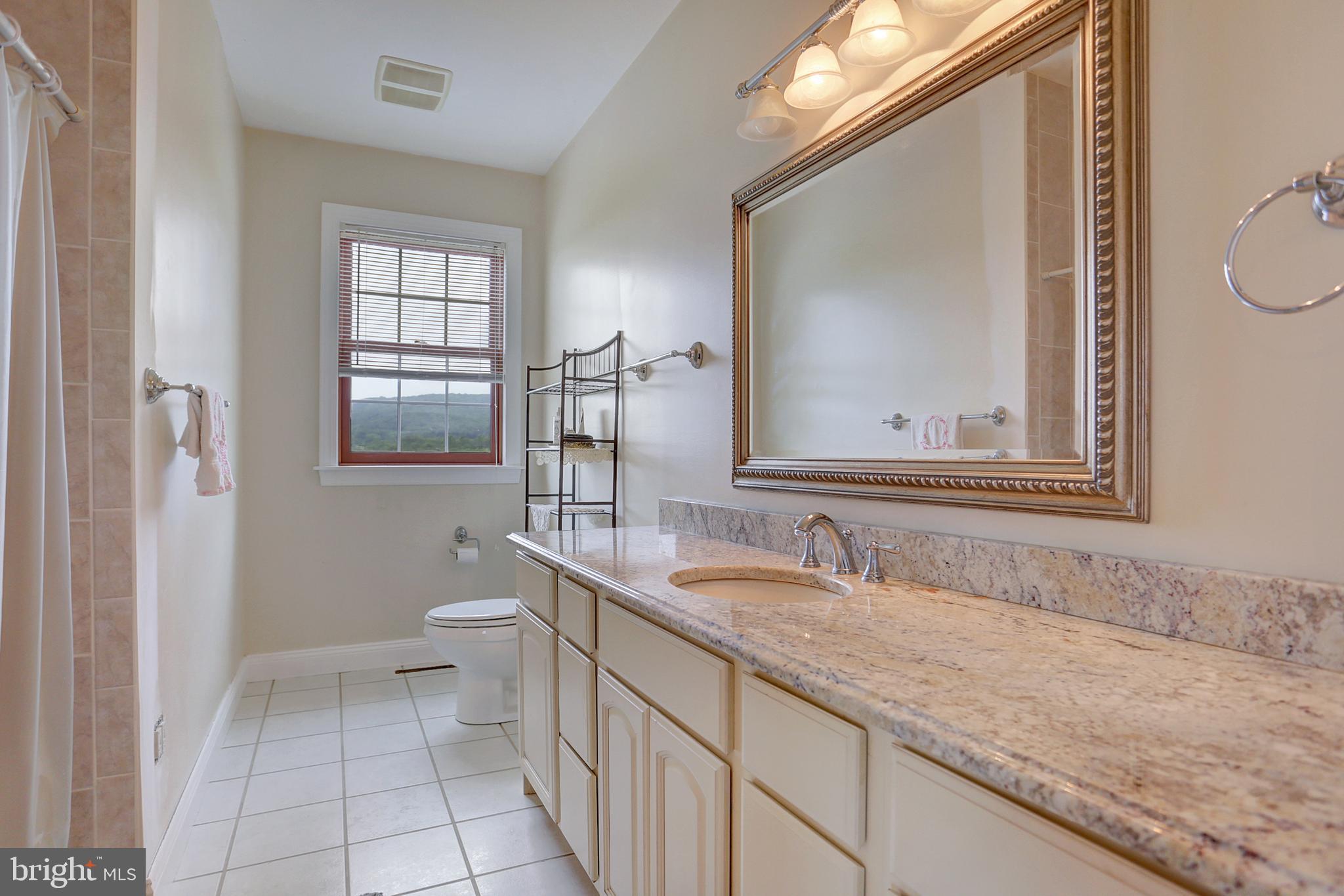 In-Law Suite Full Bath