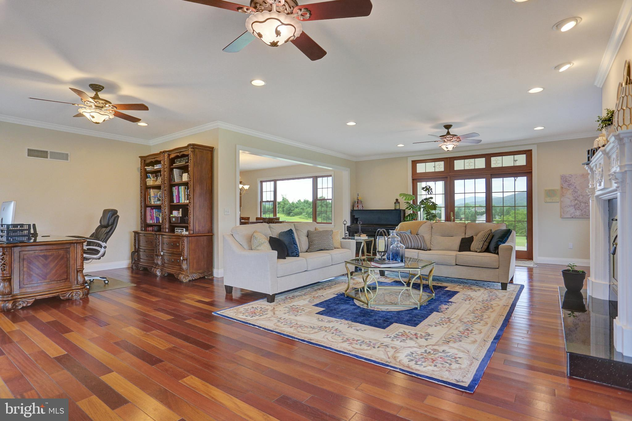 Family Room/Home Office