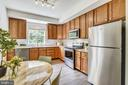 Bright and sunny with plenty of storage - 20529 ASHLEY TER, STERLING