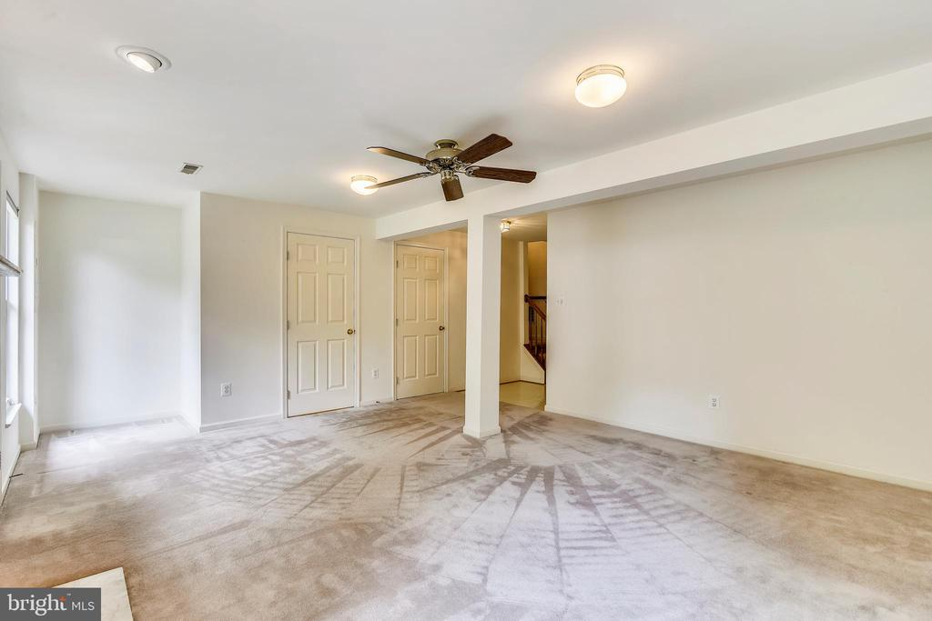 The lower level features plenty of private space - 20529 ASHLEY TER, STERLING