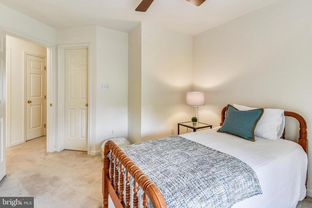 The guest bedrooms are separate from the MBR - 20529 ASHLEY TER, STERLING