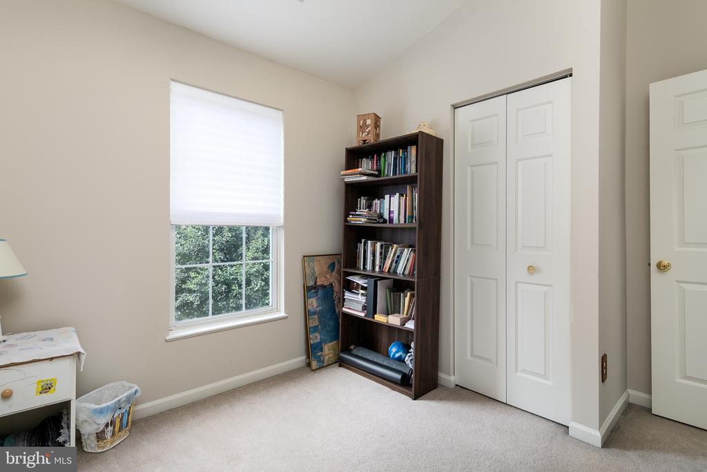 Bedroom #3 - 43190 CENTER ST, CHANTILLY
