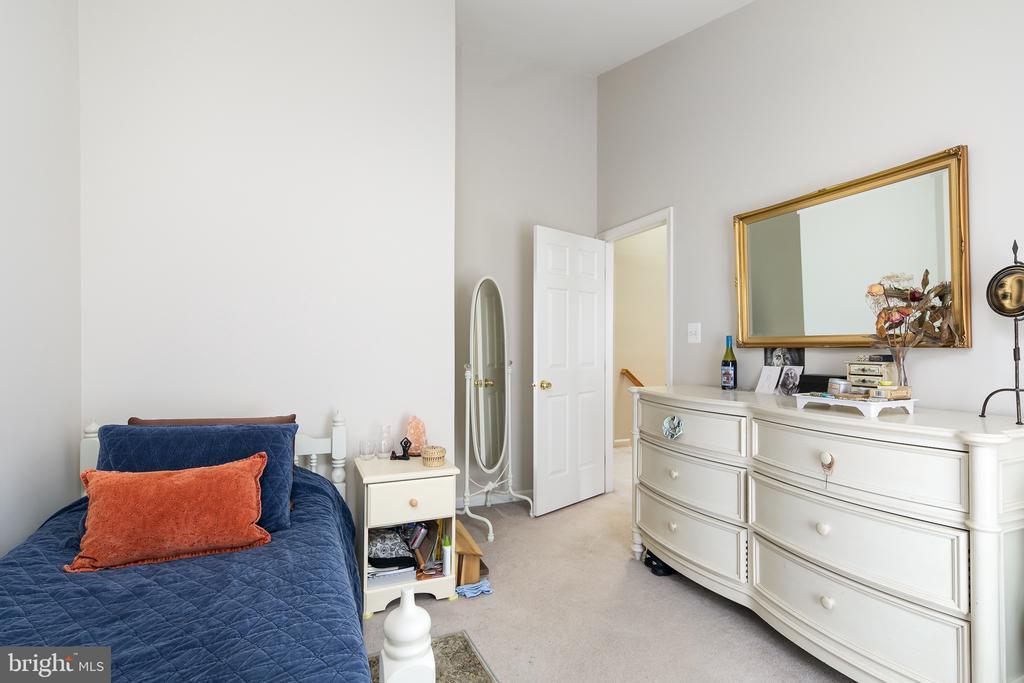 Bedroom #2 - 43190 CENTER ST, CHANTILLY