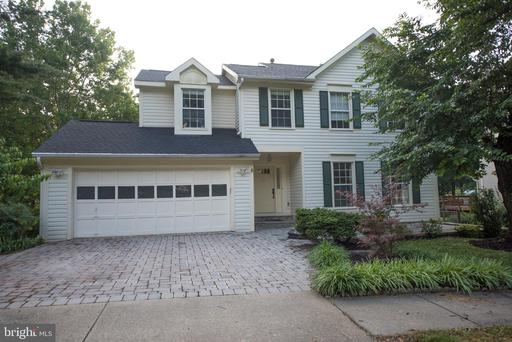 13 SOLITAIRE CT