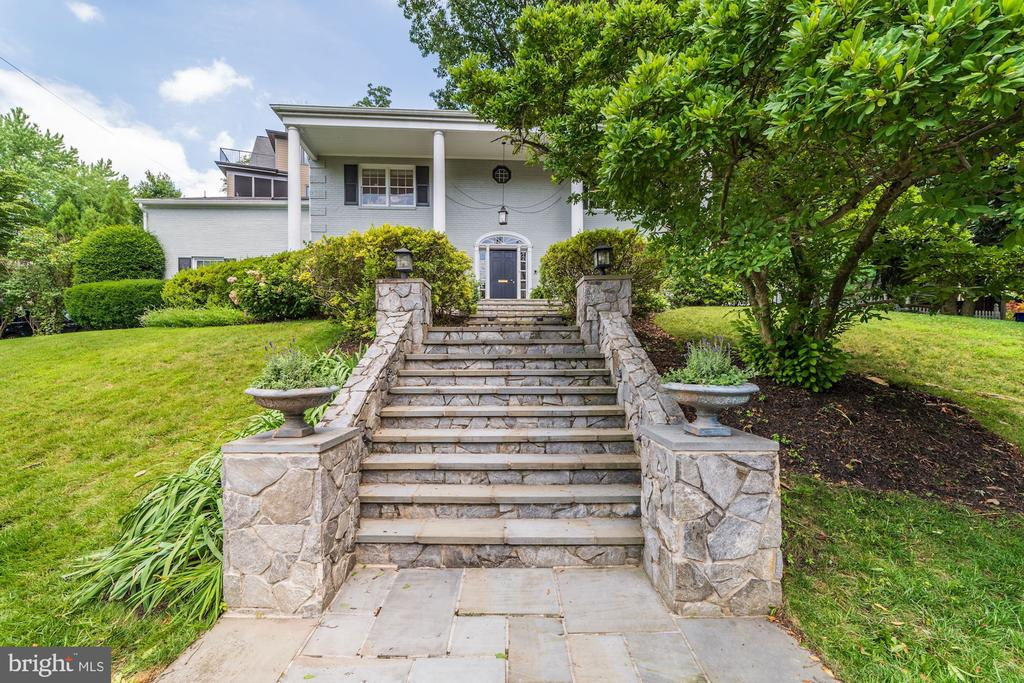 Formal Entrance with Extensive Stone Hardscaping - 3323 N VERMONT ST, ARLINGTON