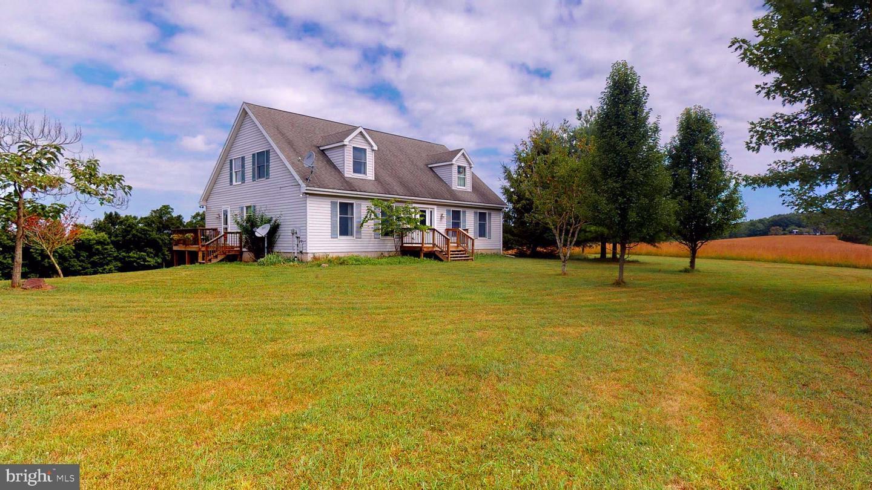 Single Family Homes 为 销售 在 Slanesville, 西弗吉尼亚州 25444 美国