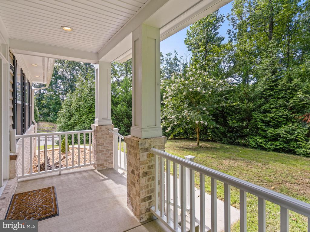 Front Porch - 3988 ORANGE ST, TRIANGLE