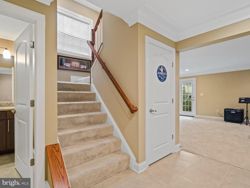 Lower Level - 3988 ORANGE ST, TRIANGLE