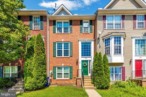 202 TIMBER VIEW CT