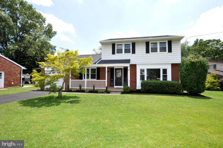 Single Family Homes voor Verkoop op Gibbstown, New Jersey 08027 Verenigde Staten
