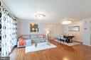 BRIGHT AND AIRY - 46801 WOODSTONE TER, STERLING