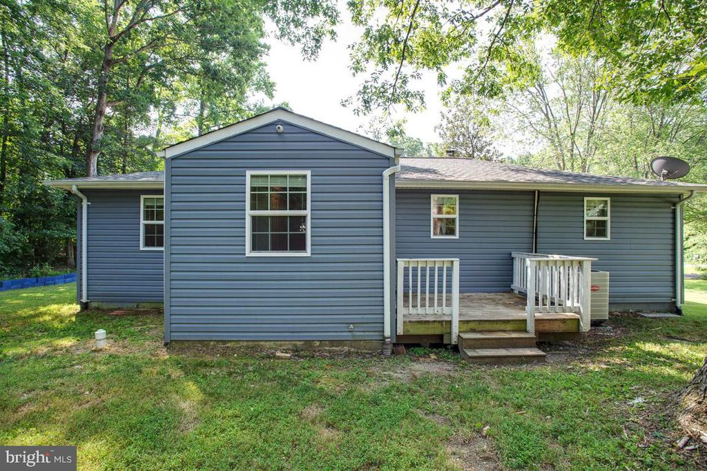Exterior Rear with a Small Deck for Grilling Out - 26 BREEZY HILL DR, STAFFORD