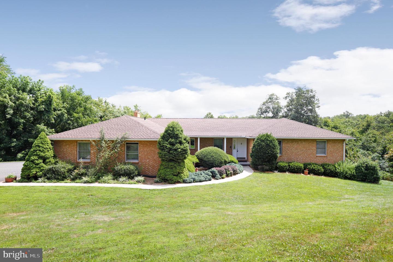 Single Family Homes 용 매매 에 Berkeley Springs, 웨스트버지니아 25411 미국