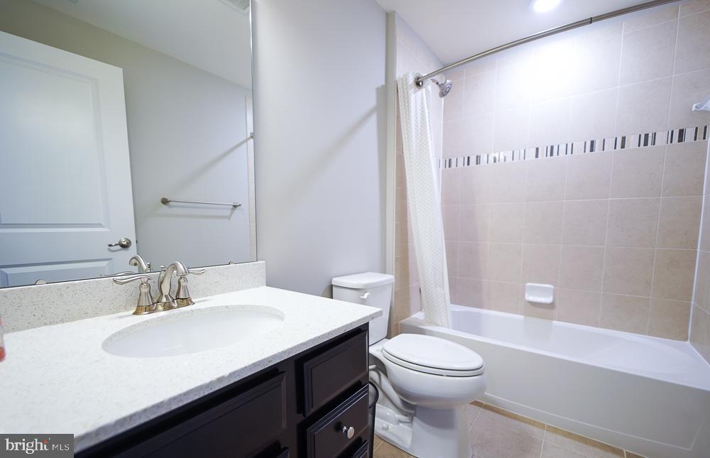 Bathroom - 2 GAVER WAY, MIDDLETOWN