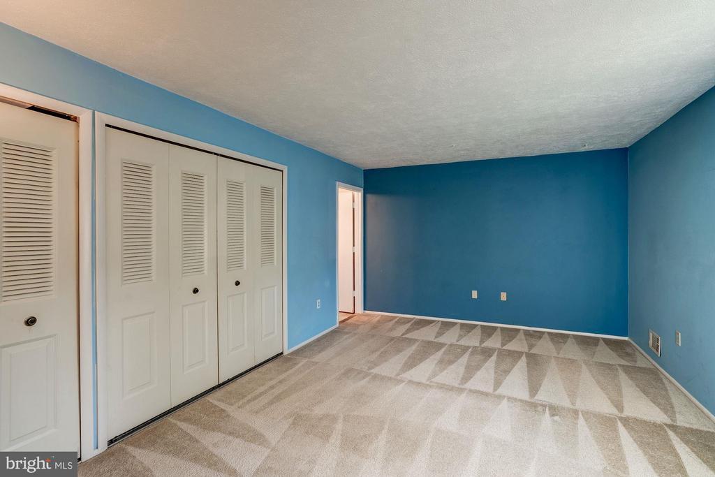 Master Bedroom - 414 AVONDALE DR, STERLING