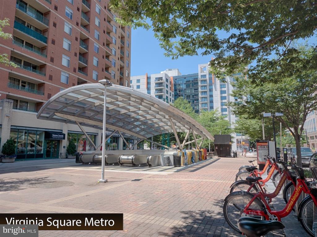 Metro - 888 N QUINCY ST #1002, ARLINGTON
