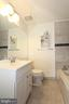 Recently renovated master bathroom - 252 GOLDEN LARCH TER NE, LEESBURG