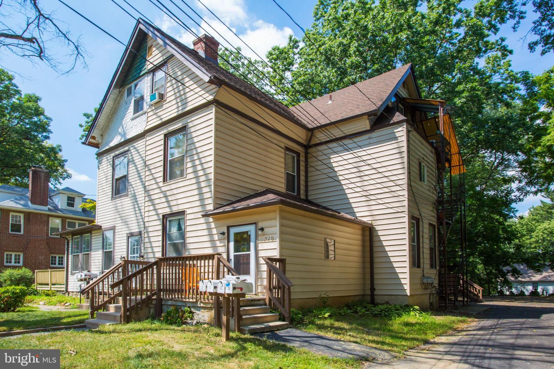 Quadraplex for Sale at Glenolden, Pennsylvania 19036 United States