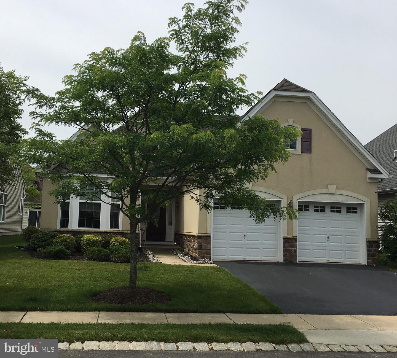 Single Family Homes per Vendita alle ore Hightstown, New Jersey 08520 Stati Uniti