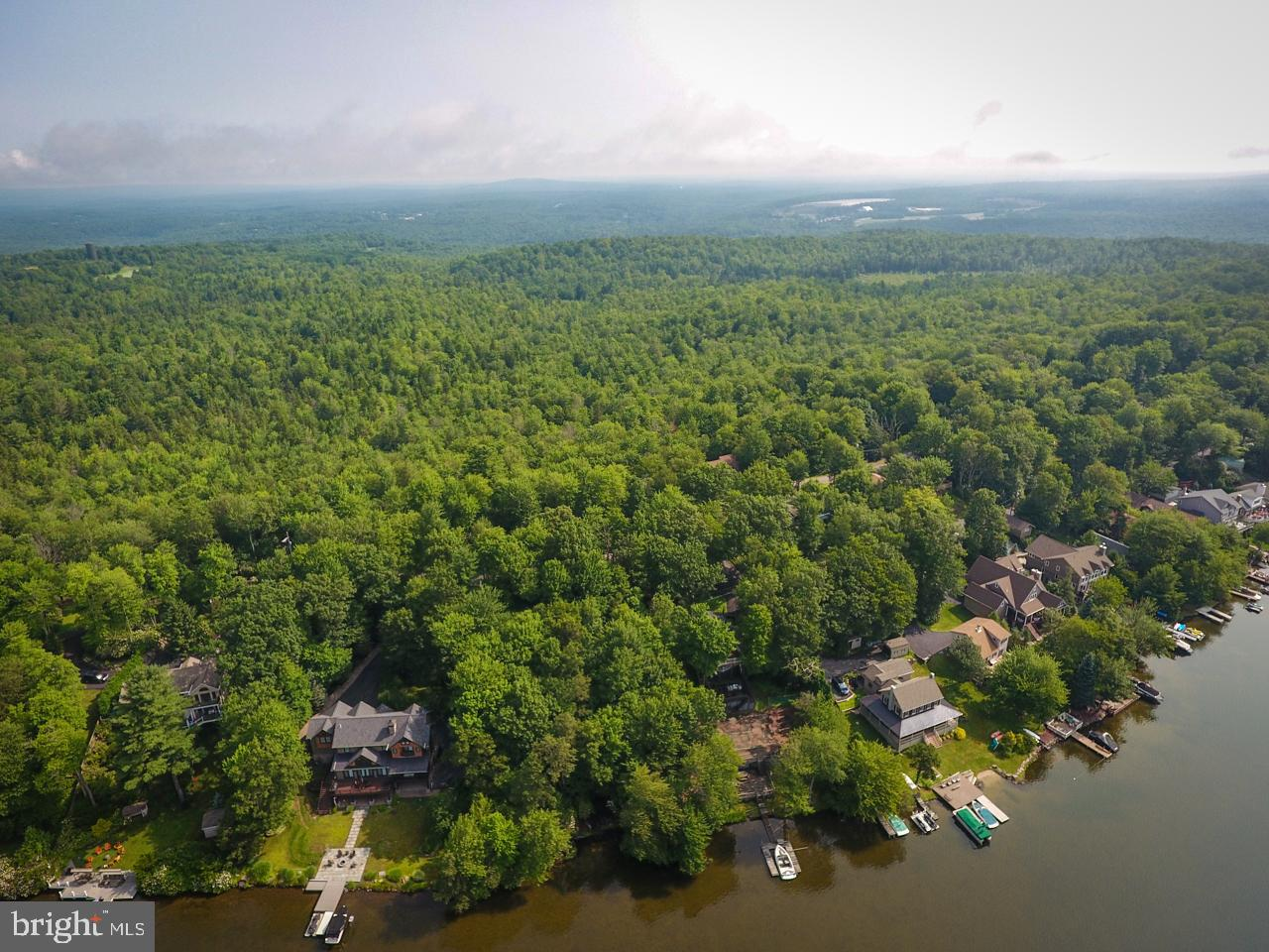 Single Family Homes for Sale at Lake Harmony, Pennsylvania 18624 United States