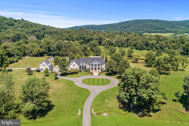 Single Family Homes للـ Sale في Upperville, Virginia 20184 United States
