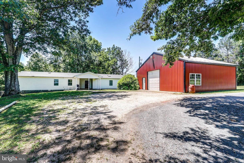 Single Family Homes للـ Sale في Buckingham, Virginia 23921 United States