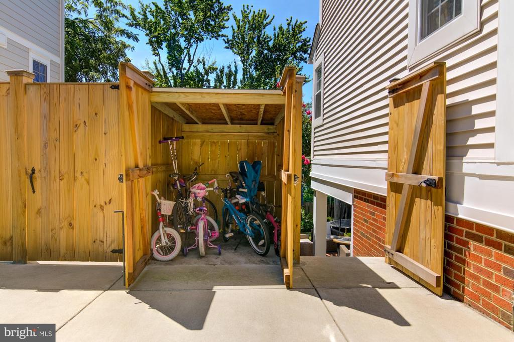 New Covered Shed and Bike Storage - 5530 11TH ST N, ARLINGTON