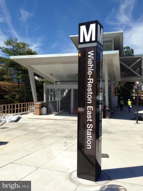 Metro - 12100 WALNUT BRANCH RD, RESTON