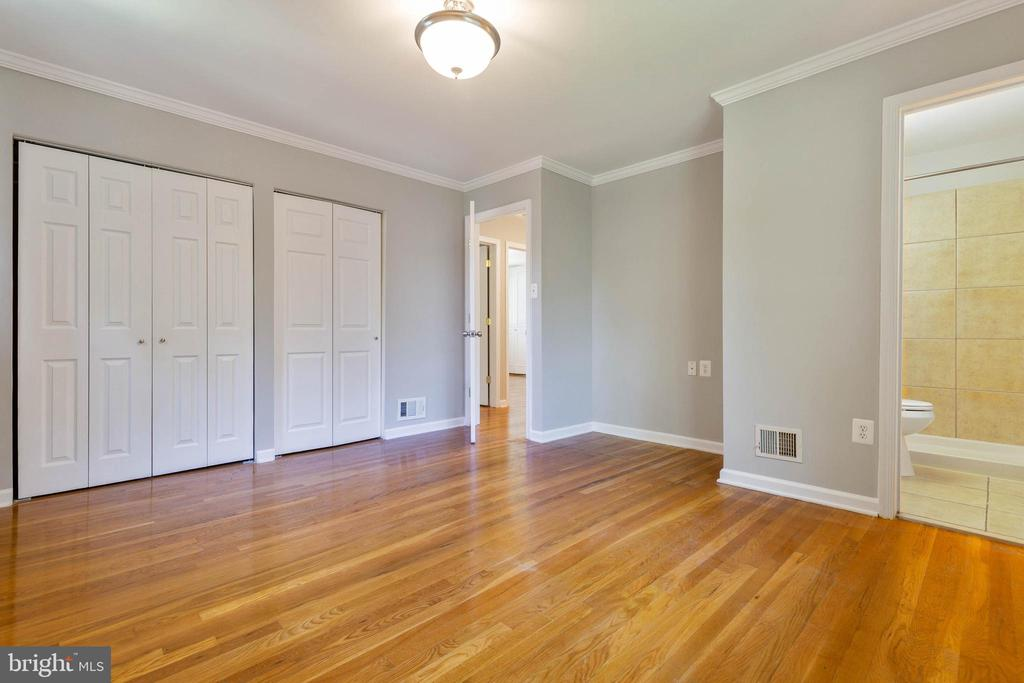Ample closet space in Master Bedroom - 5119 LAVERY CT, FAIRFAX